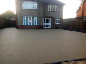 Resinbond permeable driveway